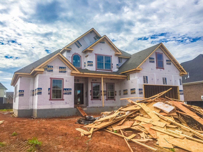 house under construction with mechanics lien